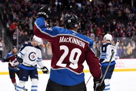 Colorado Avalanche Mackinnon